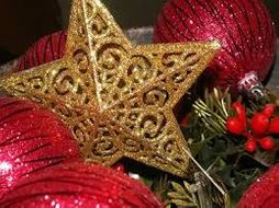 Christmas In England Traditions.Christmas Traditions In England