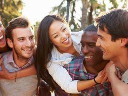 New GCSE Spanish AQA - Theme 1- Topic 3: Free-time activities - ¿Qué sueles hacer? VIVA GCSE