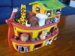 Picture Talk: Animals = Noah's Ark