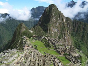 Machu Picchu (1), Street vendors (2), interdisciplinary thematic units - SP Intermediate 1