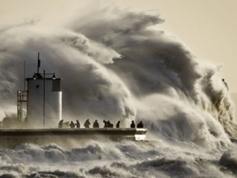 Hurricane names - reading comprehension