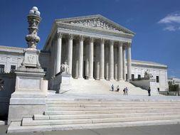 Briefs, 15 Landmark U.S. Supreme Court Criminal Law Cases Precedents
