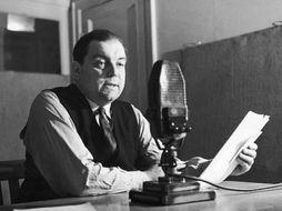 History / Topic: World War 2 Radio Broadcasting