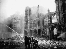 World War 2 - Air Raids and Experiences of People within Cities (Year 6)