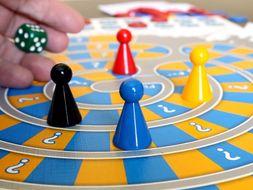SPANISH INTERMEDIATE AND UPPER-INTERMEDIATE GAME BUNDLE