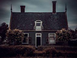Robert Frost 'The Black Cottage' - Poem Analysis