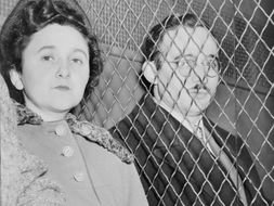 Espionage in the USA - Hiss and Rosenberg Trials