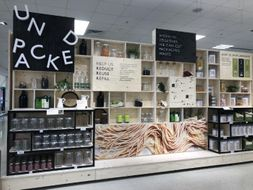 Reuse and Refill - Supermarket reduction of packaging