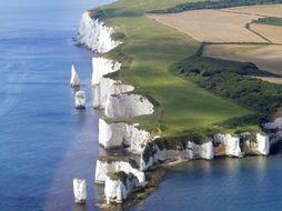 Excellent starter - Identification of Coastal Erosion Landforms