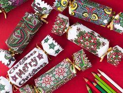 diy christmas crackers set of 8 christmas cracker templates to print and color printable - Diy Christmas Crackers